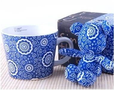 精致禮盒裝陶瓷廣口杯+掛件